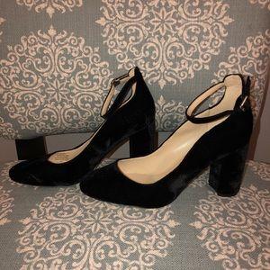 Marc Fisher velvet heels Mary Janes 8 1/2